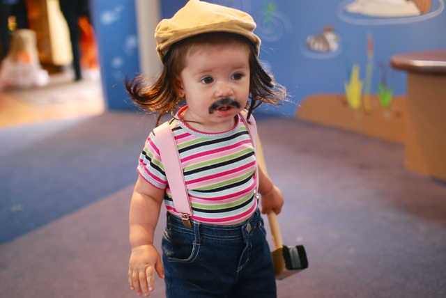 Penelope as Gallagher