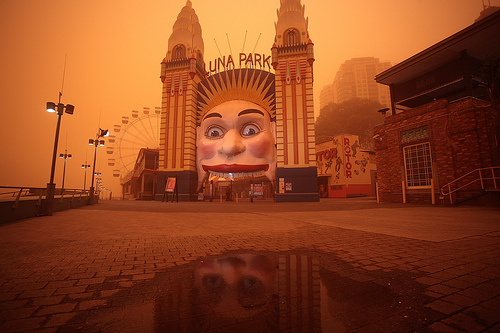 Luna Park - Sydney Dust Strom